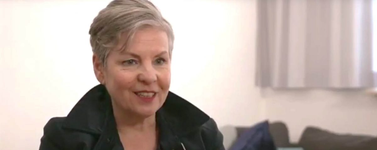 Paartherapeutin Julia Bellabara im Interveiwba
